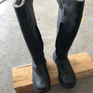Ugg snow/rain boots women's